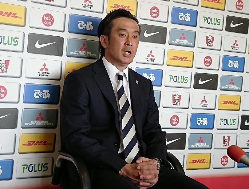 浦和解任劇を経て…大槻毅監督が...